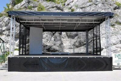 Trailerbühne 8x6m