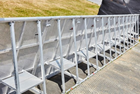 Stage Barrier Alu